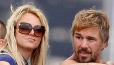 Britney Spears fires her agent/boyfriend Jason  Trawick