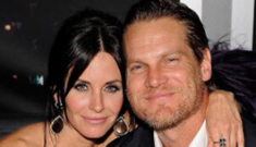 Is Courteney Cox having an affair with her 'Cougar Town' costar?