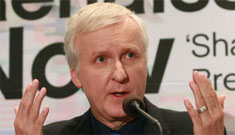 James Cameron offers use of submarines to efforts to stop oil spill