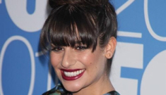 "Lea Michele ""acts like she's better than"" the rest of the 'Glee' cast"