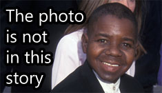 Globe Cover: despicable photo of Shannon Price with Gary Coleman on life support