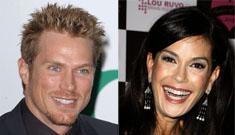 Hot new couple: Teri Hatcher and Jason Lewis?
