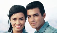 Exes Joe Jonas & Demi Lovato do a hilariously bad Teen Vogue photo shoot
