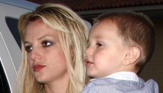 Is Britney Spears abusing her kids with belts?