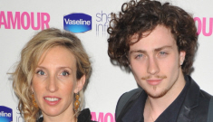 Sam Taylor-Wood (43) gives birth to 20-year-old Aaron Johnson's baby