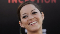 Marion Cotillard gets it right at the American 'Inception' premiere