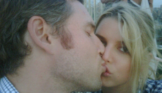 """Jessica Simpson posts photo of herself, kissing her """"Yalie"""" Eric Johnson"""