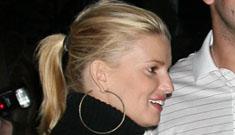 Is Joe Simpson ruining Jessica's relationship with Tony Romo?