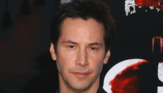 Keanu Reeves is getting hyperbaric oxygen chamber treatments
