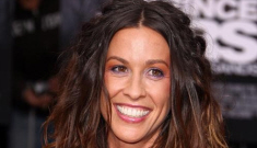 Alanis Morissette confirms pregnancy, by her husband SoulEye