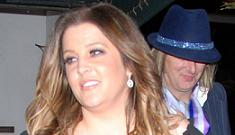 Lisa Marie Presley wins apology from the Daily Mail