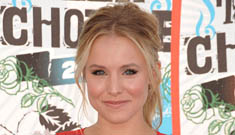 Kristen Bell loves being 30 and engaged to Dax Shephard