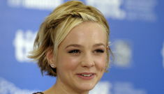 Carey Mulligan is growing out her pixie cut into something adorable