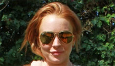 "Lindsay Lohan's friends helped write her ""sorry"" tweet while she drank Jack & Cokes"