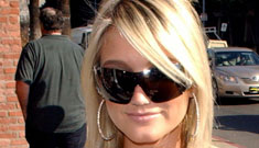 Brooke Hogan in car crash; thanks her brother's victim for seatbelt example