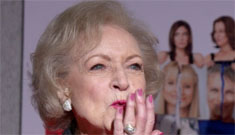 Betty White wants to get laid, preferably by Robert Redford