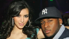 Kim Kardashian is trying to convince us that Reggie Bush is still interested
