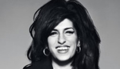 Amy Winehouse got wasted for her Bazaar profile & the interview is hilarious
