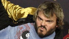 Jack Black saw his butt on the big screen, plans to lose weight
