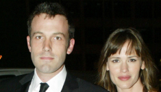 "Jennifer Garner & Ben Affleck are ""stronger than ever"" say Us Weekly's sources"