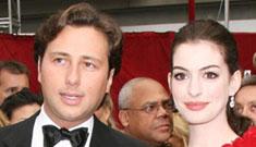 Anne Hathaway breaks up with her embezzling boyfriend