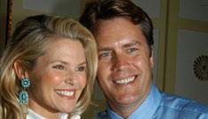 Christie Brinkley wants her divorce made public