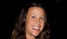 Alanis Morissette is expecting a boy, and she's due around Christmas