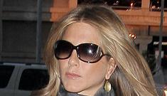 """Jennifer Aniston becomes a John Mayer groupie"" links"