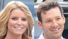 Jessica Simpson thrills Tony Romo's parents at Olive Garden