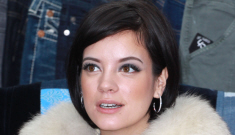 """Lily Allen rage-tweets Daily Mail columnist: """"I think you're a c-nt"""""""