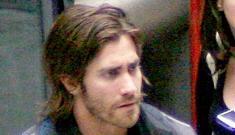 """Jake Gyllenhaal is getting scruffy"" links"