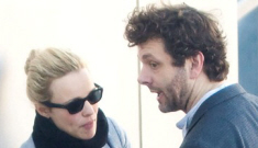 Rachel McAdams almost gets nailed to the wall by boyfriend Michael Sheen
