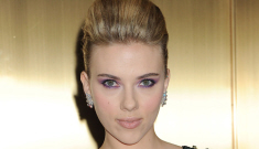 Was Scarlett Johansson fooling around on Ryan Reynolds?