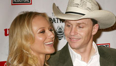 Jewel elopes with her boyfriend Ty Murray