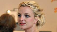 Random photos: Jennifer Garner, Britney, Jennifer Aniston & more