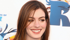 Anne Hathaway in Marni: tragic or cute?