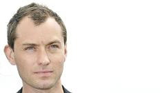 Jude Law makes humanitarian trip to Afghanistan