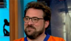 Kevin Smith loses 65 pounds, but wears the same hockey jersey he always has