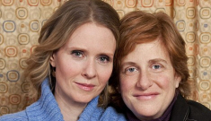 Rojo Caliente & Cynthia Nixon release the first photo of their son Max