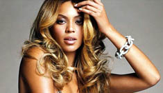 Beyonce plans huge wedding to Jay-Z