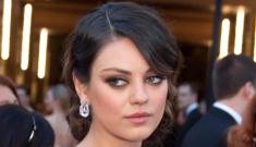 Oscar Fashion: Mila Kunis & Amy Adams are hot messes