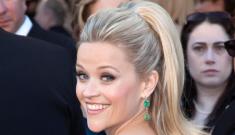 Oscar Fashion: Reese Witherspoon channels Julia Roberts