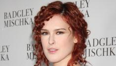 Rumer Willis's tight red curls: unfortunate or cute?
