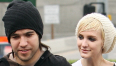 "Pete Wentz isn't mad at his ""best friend for five years"" Ashlee Simpson"