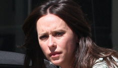 """Yet another fashion catastrophe from Jennifer Love Hewitt"" links"