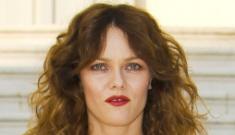 Karl Lagerfeld helps Vanessa Paradis shun Angelina Jolie