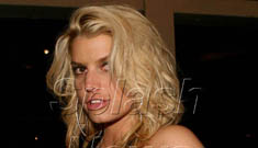 Jessica Simpson admits her lips are fake
