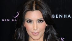 Kim Kardashian effectively kills this horrendous purple-orange trend