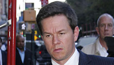 Mark Wahlberg says he's going to punch Andy Samberg in the nose