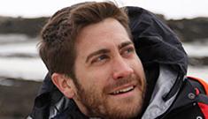 Jake Gyllenhaal and Bear Grylls rough it on 'Man vs. Wild,' the photo evidence